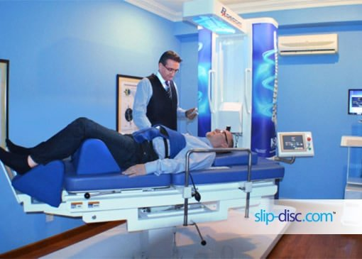 chiropractic treatment of slip disc by machines